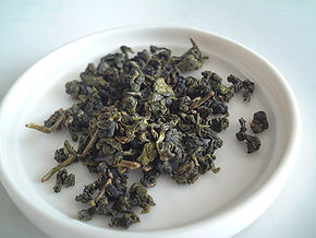 290px-Oolong_tea_leaf.jpg